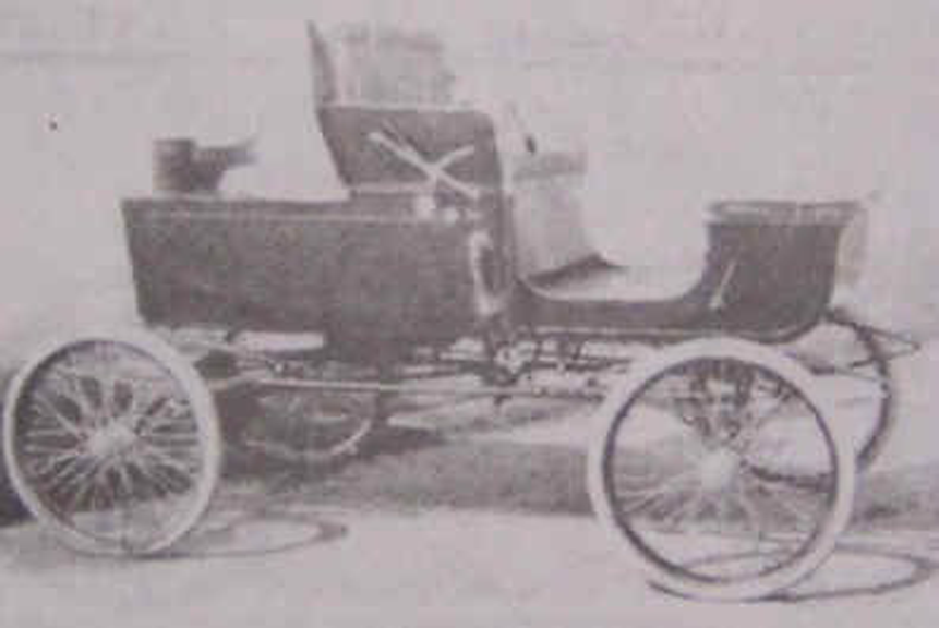 George C Cannon Race Car, 1901, from Early American Automobiles Web Site, Source Unknown